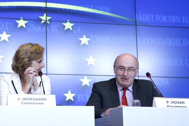 A Comisión Europea pronostica baixadas do prezo do leite no 2018