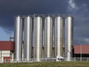 Logística Alimentaria aclara que non mantén impagos con gandeiros