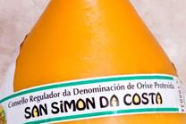 Un libro conta a historia sobre a recuperación do queixo de San Simón