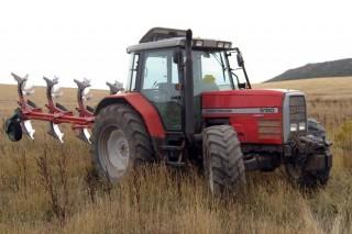 As reformas en vehículos agrícolas enfróntanse a un maior control
