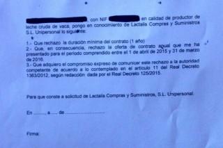 Unións acusa a Lactalis de impoñer a renuncia ó contrato anual