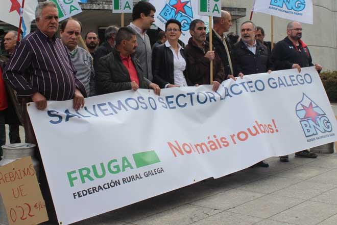 Presentación dun manifesto en defensa do sector lácteo