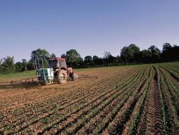Europa proxecta limitar o uso de produtos fitosanitarios no próximo periodo da PAC