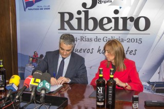 La DO Ribeiro patrocinará la regata del Real Club Náutico de Vigo durante cinco años