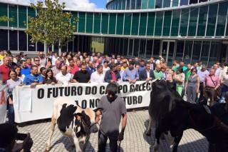 Lugares e datas das mobilizacións do sector lácteo para o mes de agosto
