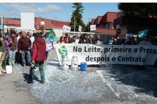 """El Sindicato Labrego demanda """"un control público y obligatorio de la producción láctea en toda la Unión Europea"""""""