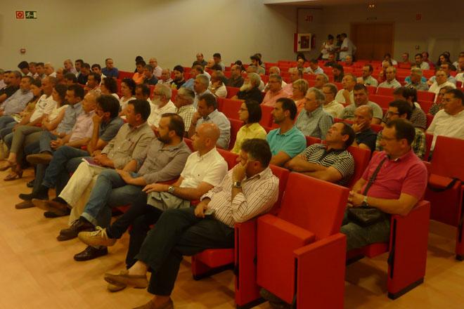 Nace a Plataforma pola Defensa do Sector Lácteo Galego