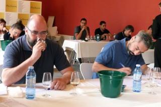 Como se forma un panel profesional de cata de viño?