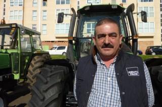 Os testemuños dos gandeiros na tractorada de Santiago