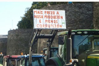 Agromuralla ameaza con tractoradas se non sobe o prezo do leite