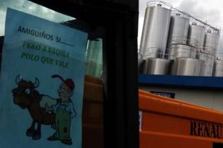 O bloqueo á industria láctea consolídase en toda Galicia