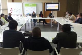 AGACA e o CTC presentan o Proxecto Innoalcoop sobre innovación na comercialización e procesado alimentario