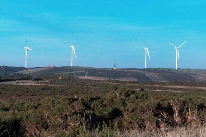 O Sindicato Labrego cuestiona os proxectos eólicos nas serras orientais de Galicia