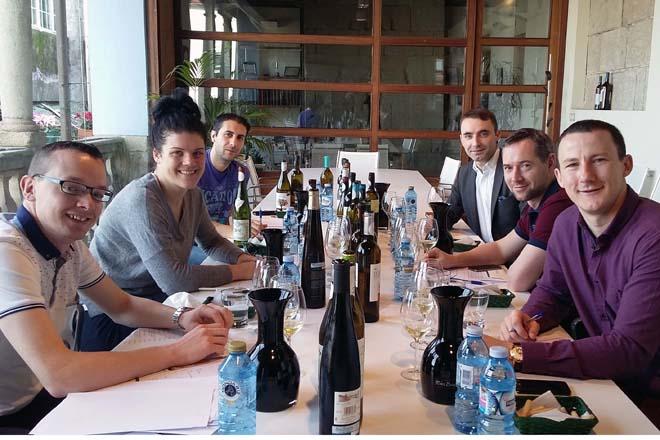 Os presciptores irlandeses apostan polos viños de Rías Baixas