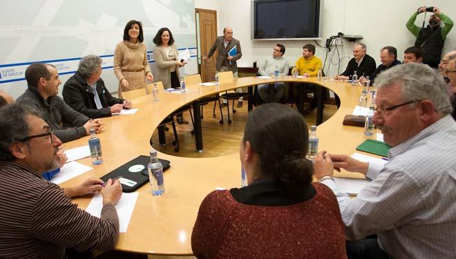 Medio Rural e organizacións do agro emprenden o diálogo sobre o sector lácteo