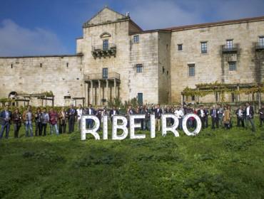 A D.O. Ribeiro grava o seu anuncio para este Nadal