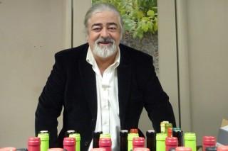 """""""Valorar ao sumiller é a gran materia pendente dos viños galegos"""""""
