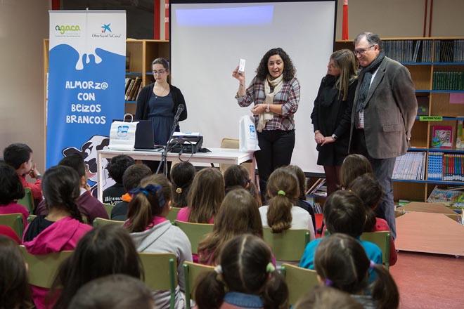 A Xunta aumenta un 52% a partida para subministro aos colexios de leite, froita e castañas