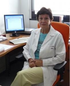 Manuela Juárez en su despacho del CSIC