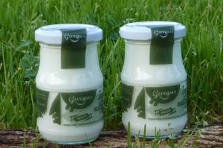 Gurgur: iogur de leite galego 100% directo do gandeiro ao consumidor