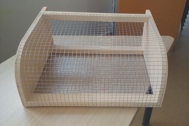 Sistemas para protexer as colmeas fronte aos ataques da Vespa Velutina