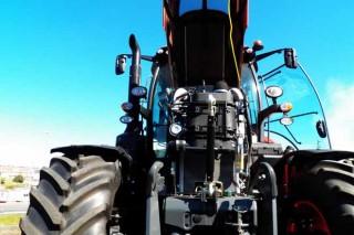 Xornada de portas abertas de Auto Avión para presentar a nova serie de tractores Kubota M7001