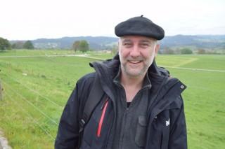 """""""Producir leite en base a herba é máis resistente ás baixadas dos prezos"""""""