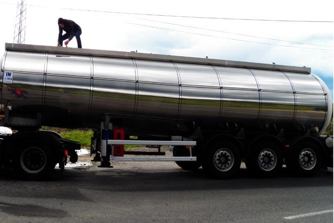 Os controis gandeiros comproban unha ruta estable Portugal – Monforte de importación de leite
