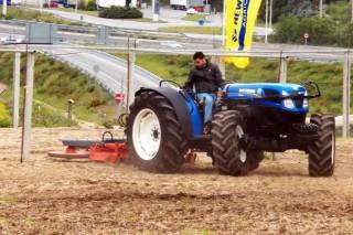 As vendas de tractores novos medran un 67% en Galicia en setembro