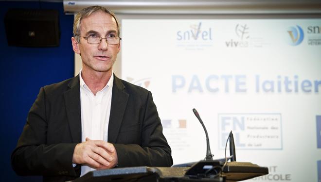 """""""Esta Unión Europea ultraliberal no quiere solucionar la crisis del sector lácteo"""""""