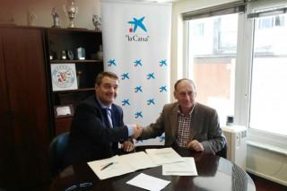 Acruga e La Caixa asinan un convenio para ofertar produtos e servizos financieiros con condicións especiais para os gandeiros