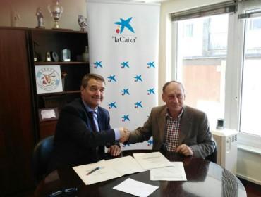 Acruga y La Caixa firman un convenio para ofertar productos y servicios financieros con condiciones especiales para los ganaderos