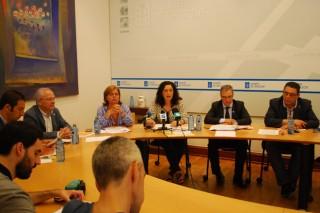 Xunta e concellos coordínanse para retirar os niños de Vespa Velutina