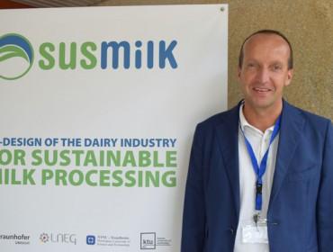 """""""O único modo de evitar as crises de prezos do leite é regulando a oferta"""""""