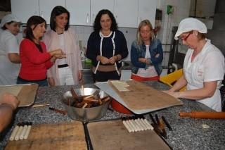 A conselleira comprométese a que o decreto de alimentos artesáns entrará en vigor no 2017