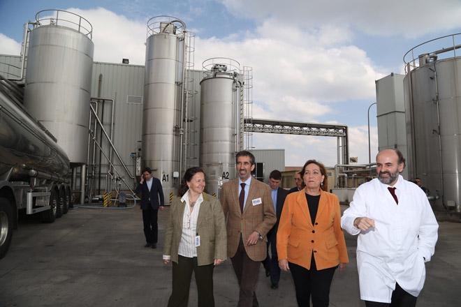 Liasa, impulsora da láctea de Teixeiro, exporta desde Guadalajara para 30 países