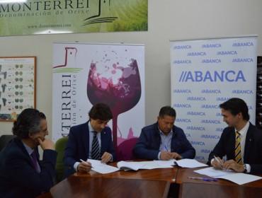 Abanca y la D.O. Monterrei acuerdan nuevas opciones de crédito para los viticultores y bodegas de la comarca
