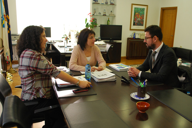 A Xunta comprométese a pór en marcha unha IXP do Xamón Galego