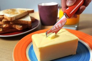 Crise da manteiga en Francia polo bloqueo de prezos dos supermercados