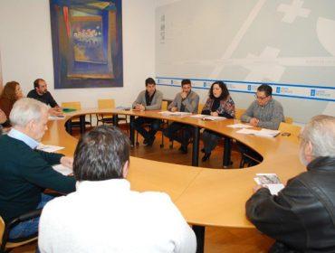 A Consellería acorda co sector o reparto de 5.600 trampas contra a Velutina