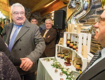 Mieles Anta celebra os seus 25 anos comezando a exportar mel galego a China