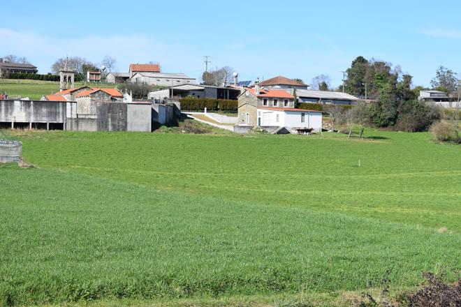 Distancia mínima de 500 metros para novos establos de gando vacún: O sector ve inviable aplicalo en Galicia