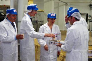 Larsa presenta la remodelación ejecutada en su planta de Vilagarcía
