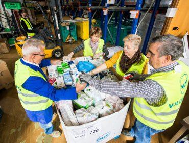 CaixaBank mobilízase para facilitar o consumo de leite ás familias desfavorecidas