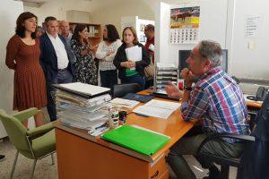 Los ganaderos consideran insuficiente que la xunta les for Oficina comarcal agraria