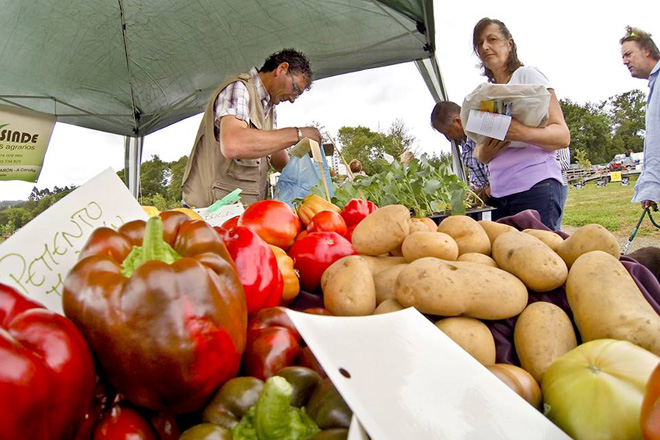 A Feira Rural de San Sadurniño reunirá este sábado a preto de 100 postos de produtos do campo