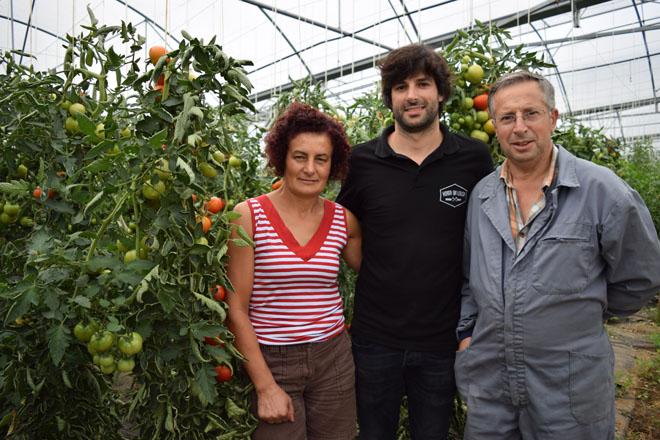 Horta da Lousa: leitugas e tomates con sabor, controlados dende o móbil