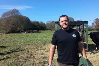 """""""No futuro as granxas de leite ou serán moi intensivas ou ecolóxicas"""""""