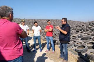 Gandeiros de Agris coñecen tres ganderías en intensivo punteiras en España
