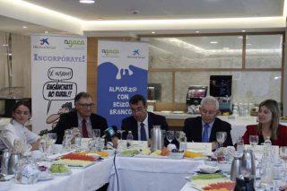 Agaca presenta o seu programa de accións sociais